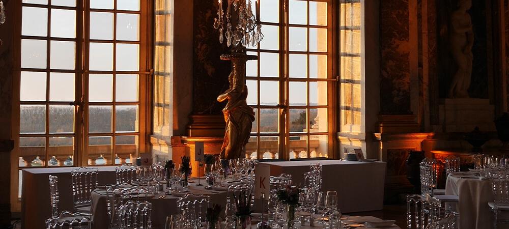 Un-diner-a-la-cour-de-Versailles-